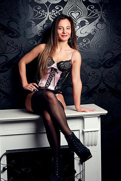 Maila - Escort Dame aus Jena - weiblich offener Escortservice